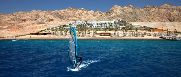 surfreisen windsurfen windsurfurlaub kitereisen kiteurlaub an spots wie gypten brasilien. Black Bedroom Furniture Sets. Home Design Ideas